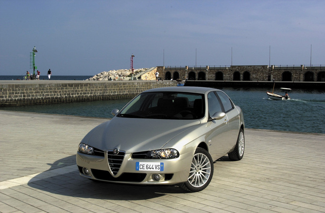 alfa romeo 156 1 8 twin spark photos and comments. Black Bedroom Furniture Sets. Home Design Ideas
