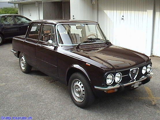 alfa romeo giulia nuova super 1300 photos and comments. Black Bedroom Furniture Sets. Home Design Ideas