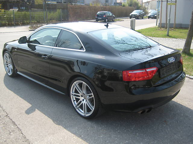 audi a5 2 0 tfsi photos and comments. Black Bedroom Furniture Sets. Home Design Ideas