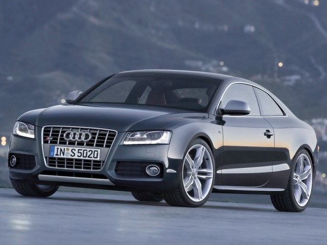audi a5 coupe-pic. 1