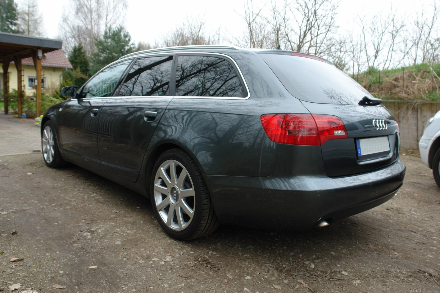 audi a6 avant 2 0 tdi photos and comments