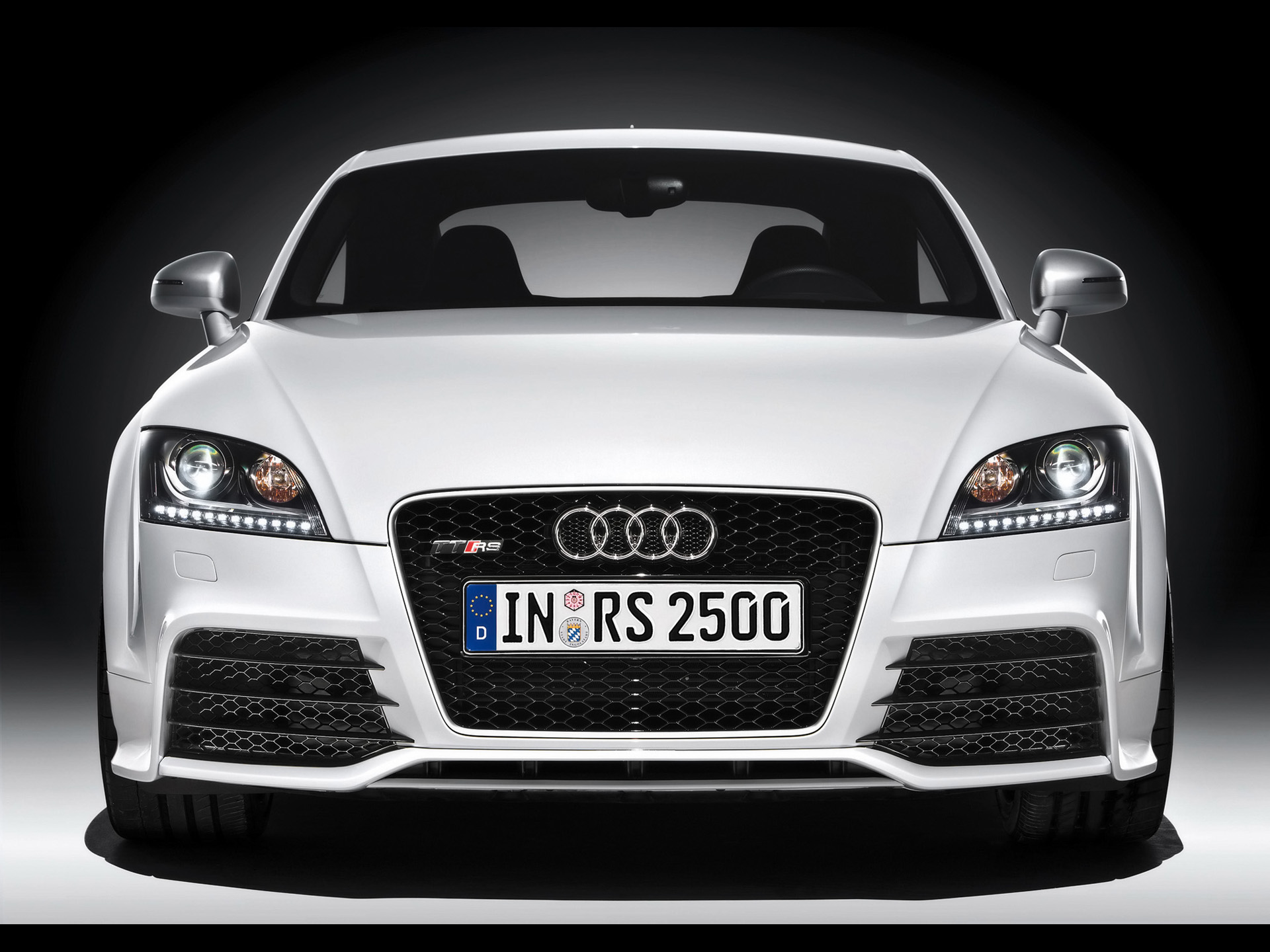 audi front-pic. 1