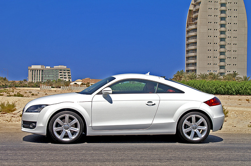 audi tt 2 0 tfsi coupe photos and comments. Black Bedroom Furniture Sets. Home Design Ideas