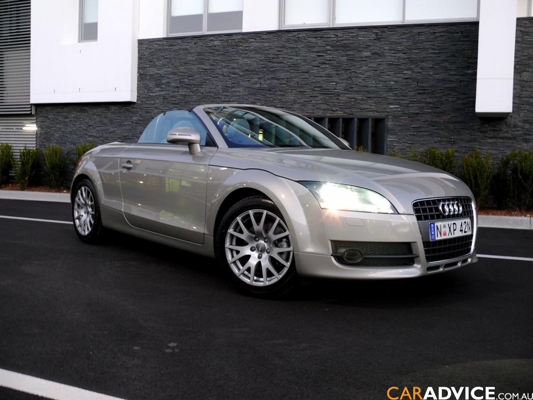 audi tt 2 0 tfsi roadster photos and comments. Black Bedroom Furniture Sets. Home Design Ideas