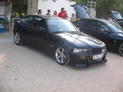 bmw 318tds compact-pic. 2