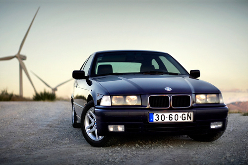 bmw 318tds compact-pic. 3
