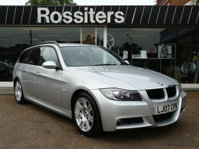 bmw 320d touring automatic photos and comments. Black Bedroom Furniture Sets. Home Design Ideas