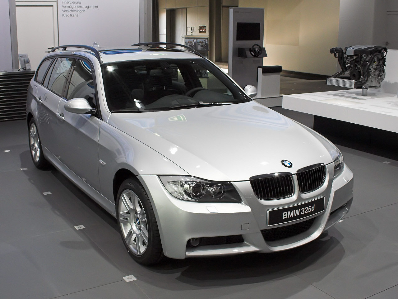 bmw 325d touring photos and comments. Black Bedroom Furniture Sets. Home Design Ideas