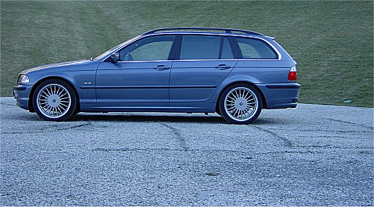 bmw 325i touring-pic. 2