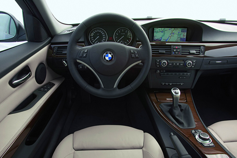 bmw 325i xdrive touring-pic. 1