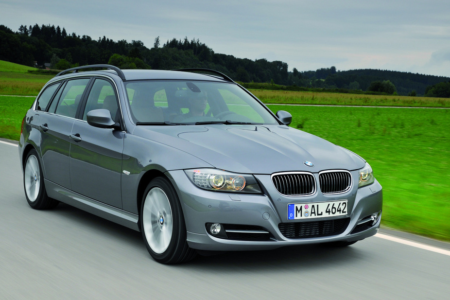bmw 325i xdrive touring-pic. 2