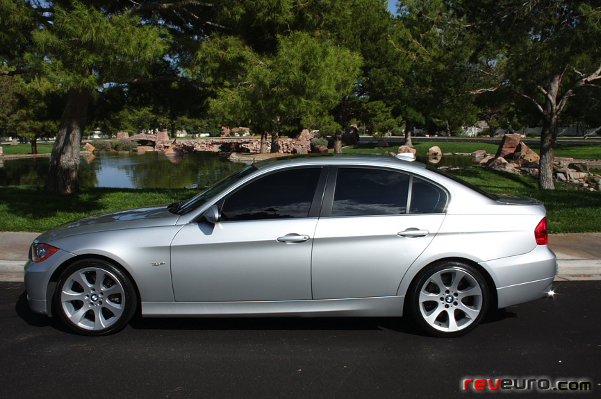bmw 330xi sedan-pic. 1