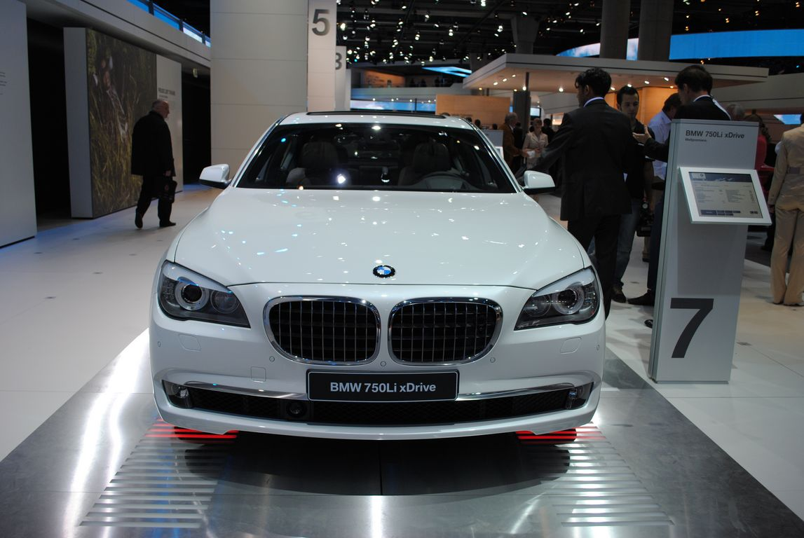 bmw 750li xdrive-pic. 1
