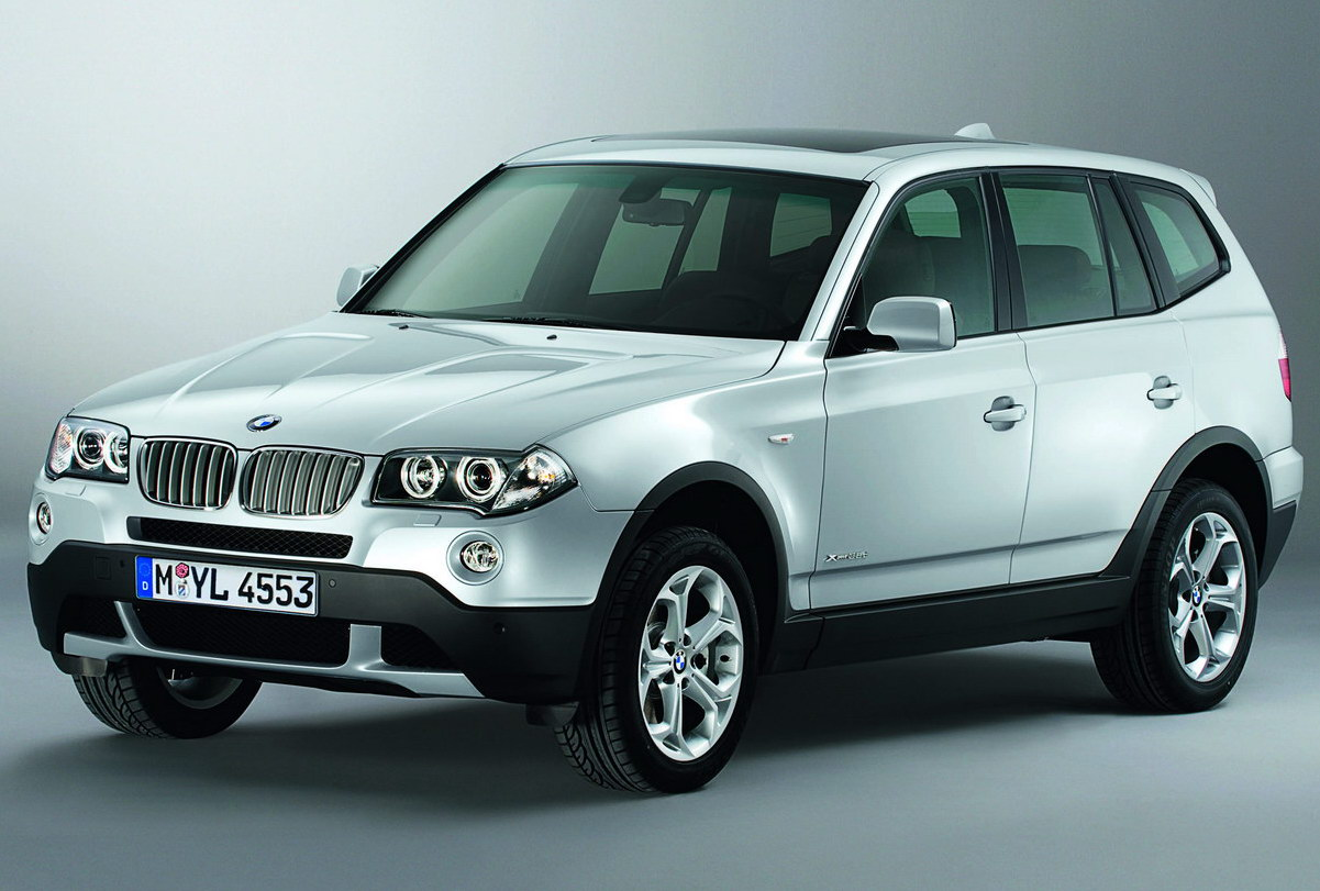 bmw x3 xdrive 30i photos and comments. Black Bedroom Furniture Sets. Home Design Ideas