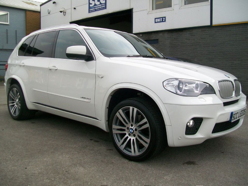 bmw x5 xdrive30d m sport photos and comments www. Black Bedroom Furniture Sets. Home Design Ideas