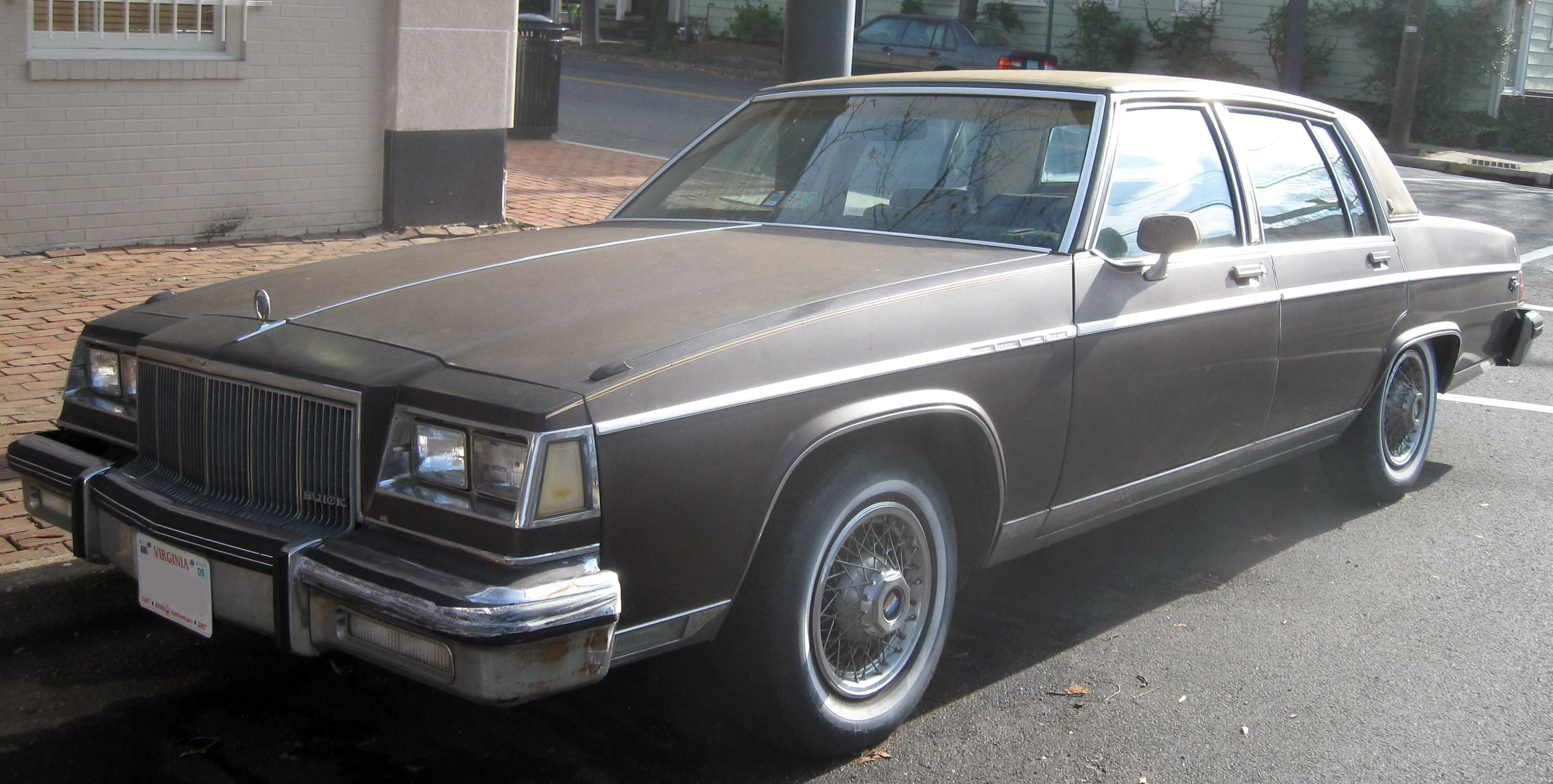 buick park avenue sedan-pic. 1