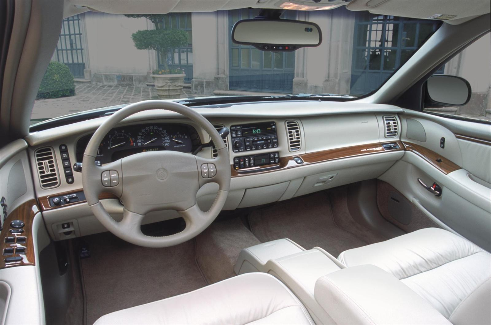 buick park avenue sedan-pic. 2
