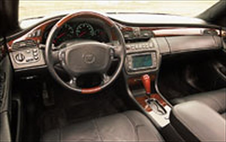 cadillac deville dts-pic. 2