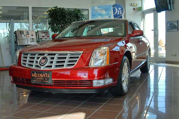 cadillac dts luxury-pic. 3
