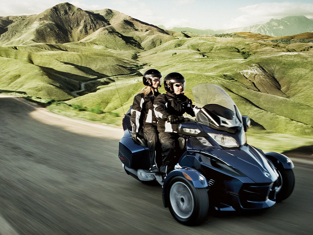 can-am spyder roadster rt-pic. 2