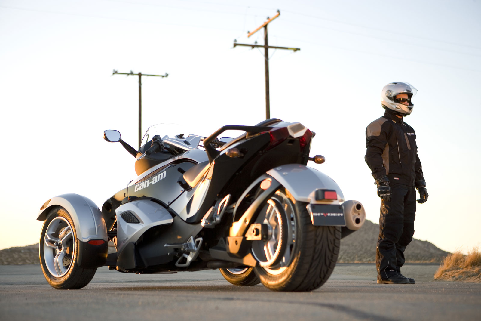 can-am spyder roadster se5-pic. 2