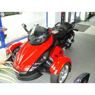 can-am spyder roadster sm5-pic. 3