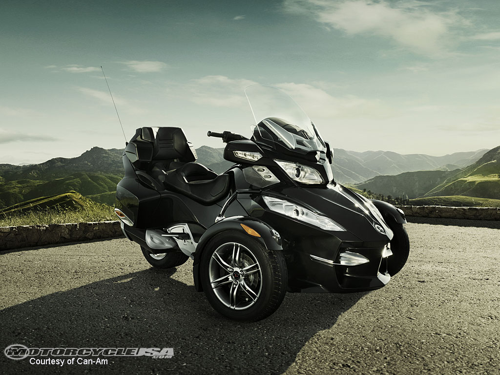 can-am spyder rt-pic. 1
