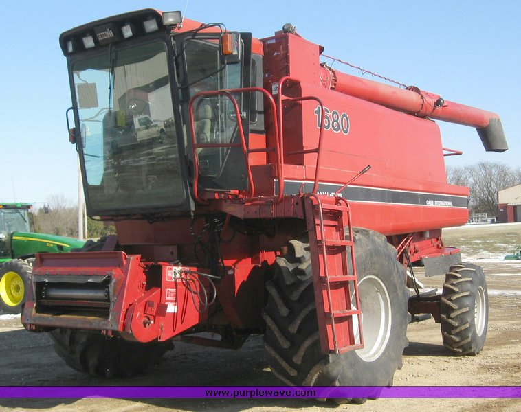 Case Ih 1680 : Case international photos and comments picautos