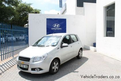 chevrolet aveo 1.6 ls hatch #1