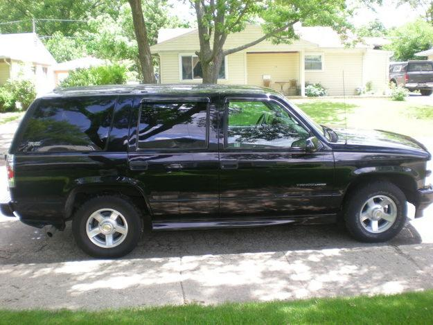 chevrolet tahoe limited-pic. 2