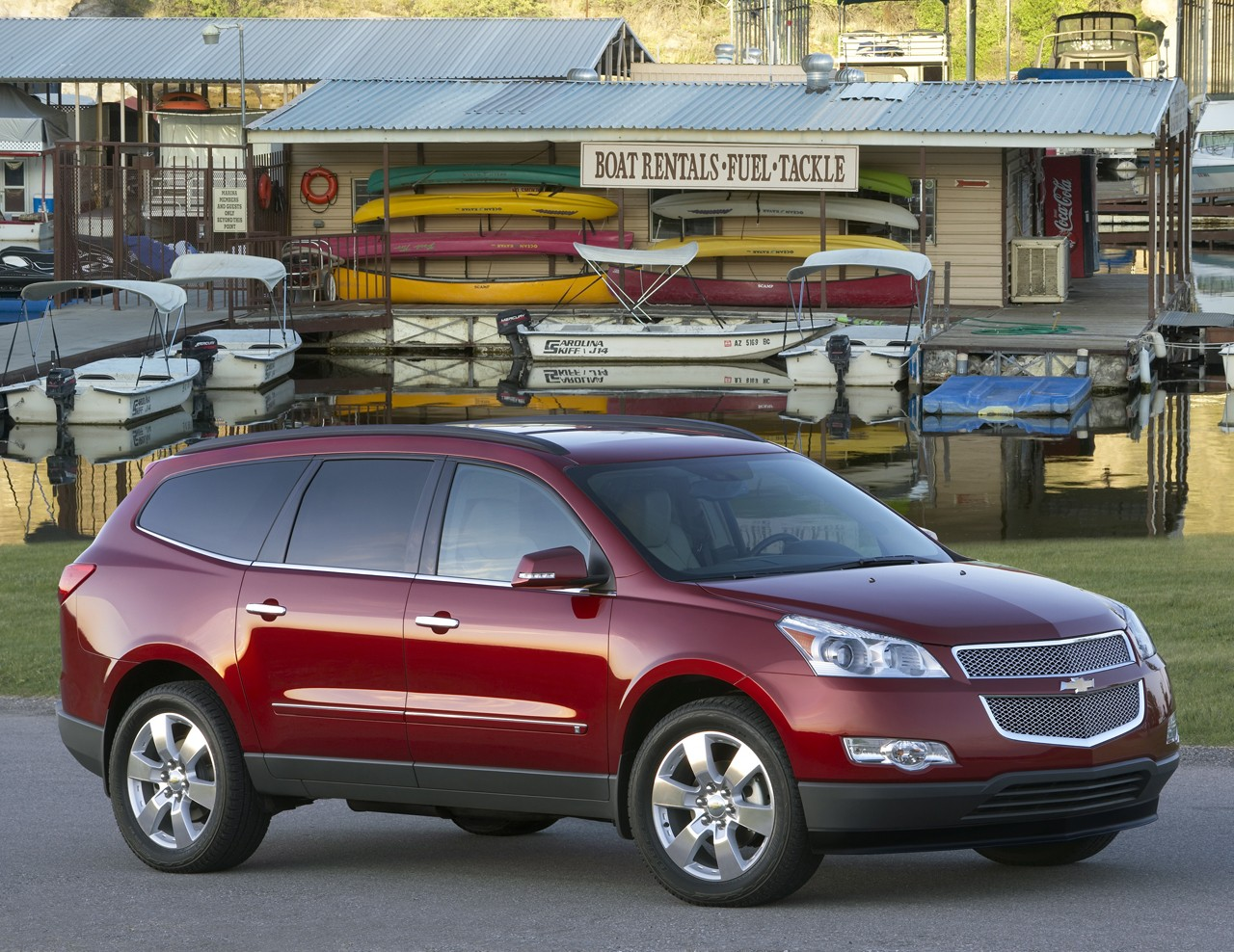 chevrolet traverse ls-pic. 3