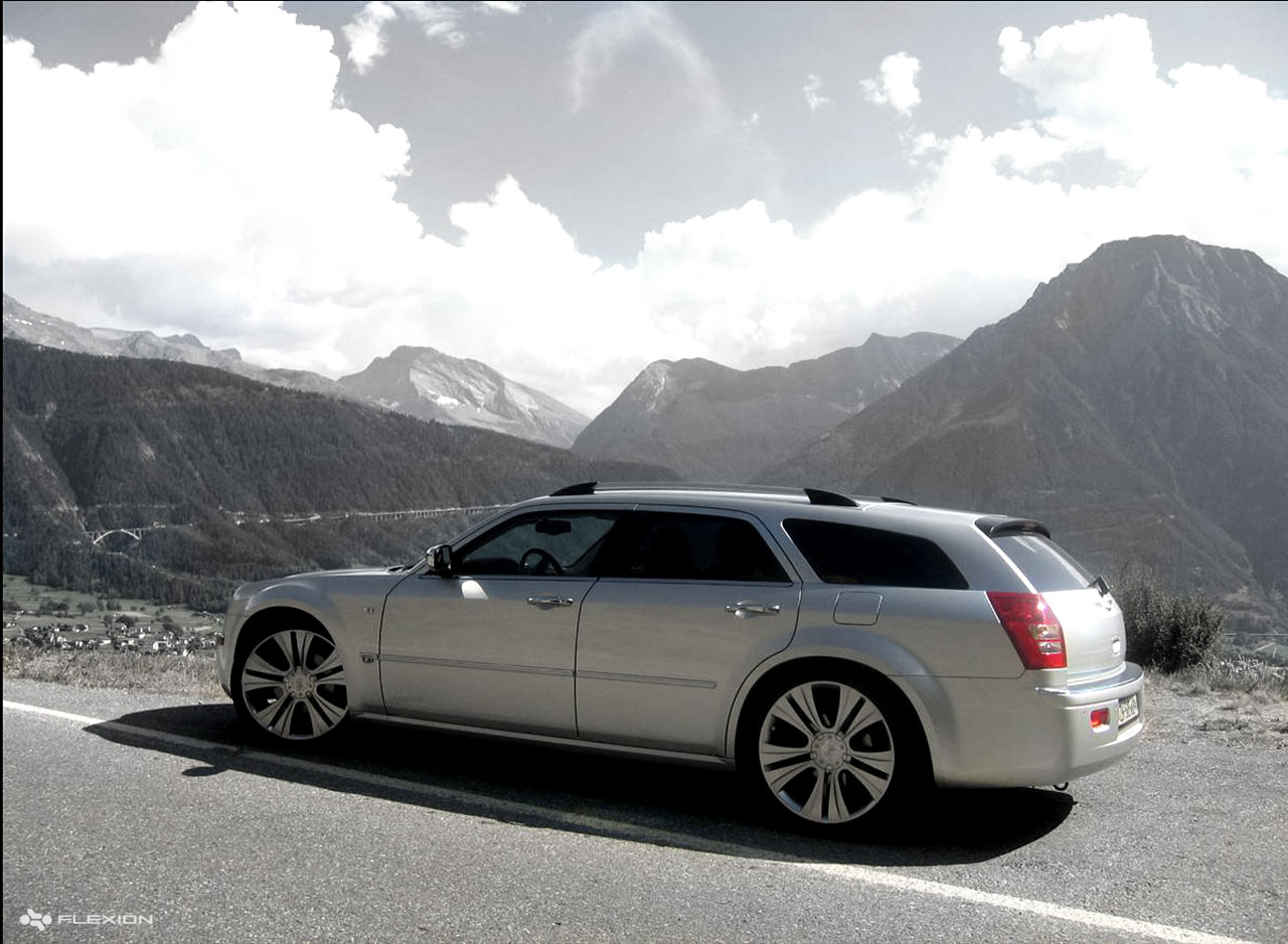 chrysler 300 touring photos and comments. Black Bedroom Furniture Sets. Home Design Ideas