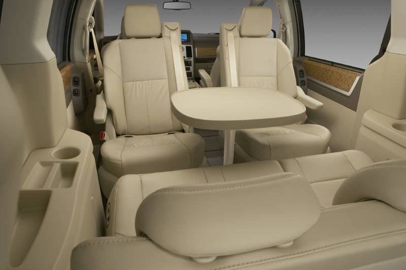 chrysler town & country lx #7