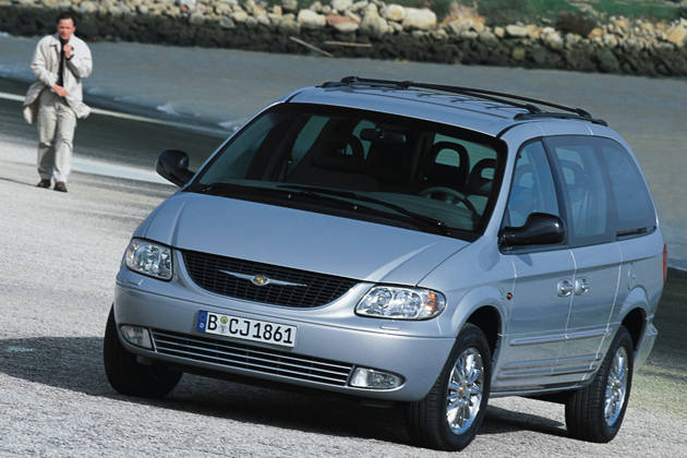 chrysler voyager 2 4 se photos and comments. Black Bedroom Furniture Sets. Home Design Ideas