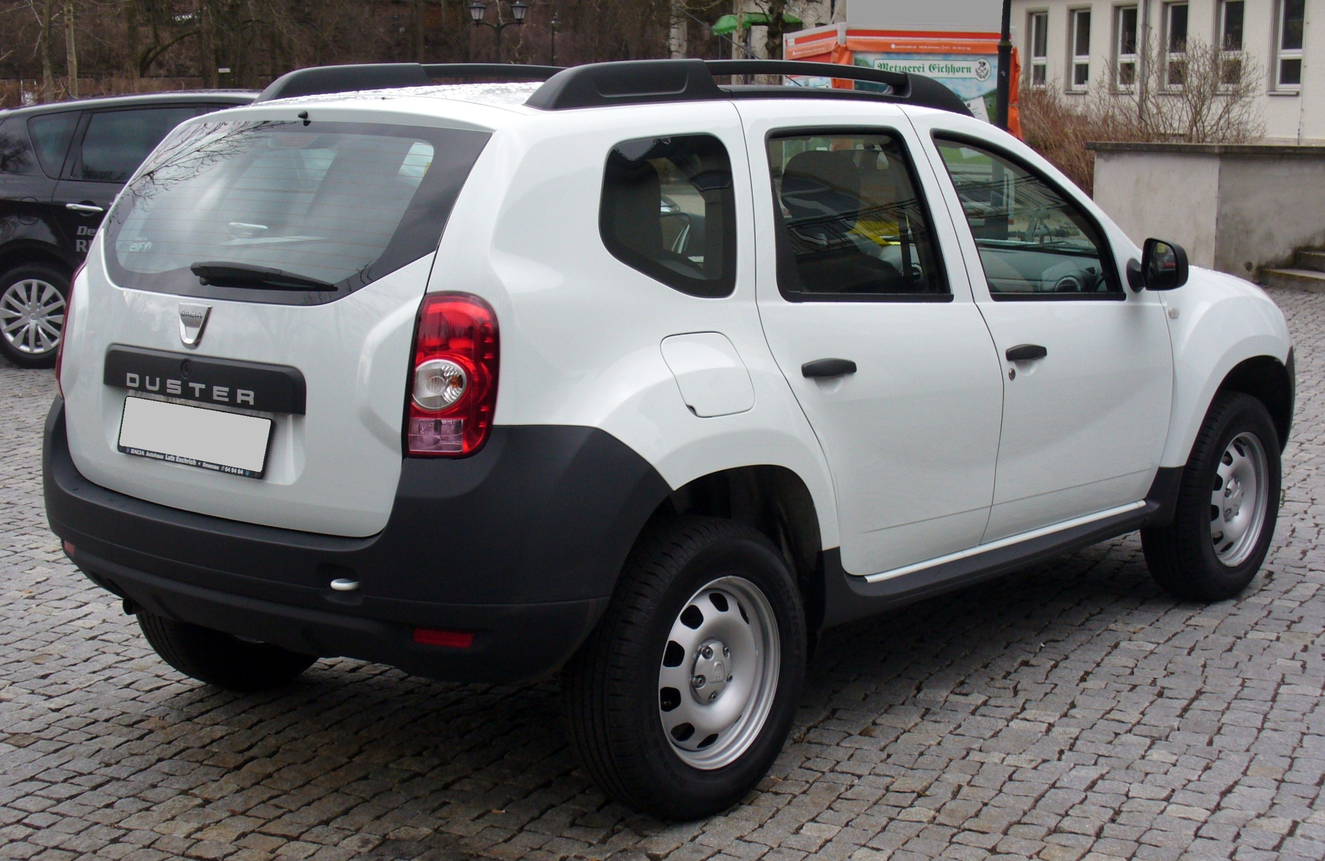 dacia duster 1 6 photos and comments. Black Bedroom Furniture Sets. Home Design Ideas