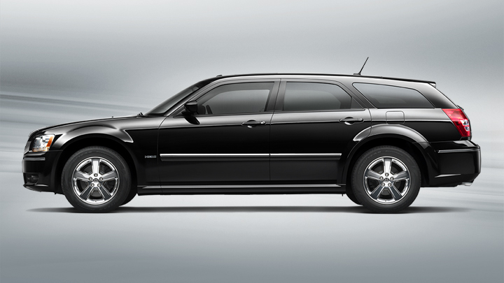 dodge magnum rt awd photos and comments. Black Bedroom Furniture Sets. Home Design Ideas