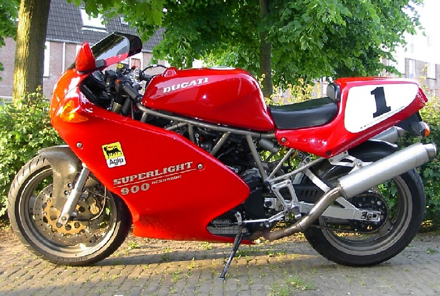 ducati 900 superlight-pic. 3