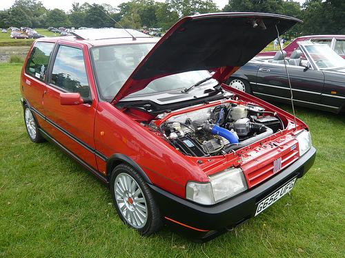 fiat uno 1 3 turbo i e photos and comments. Black Bedroom Furniture Sets. Home Design Ideas