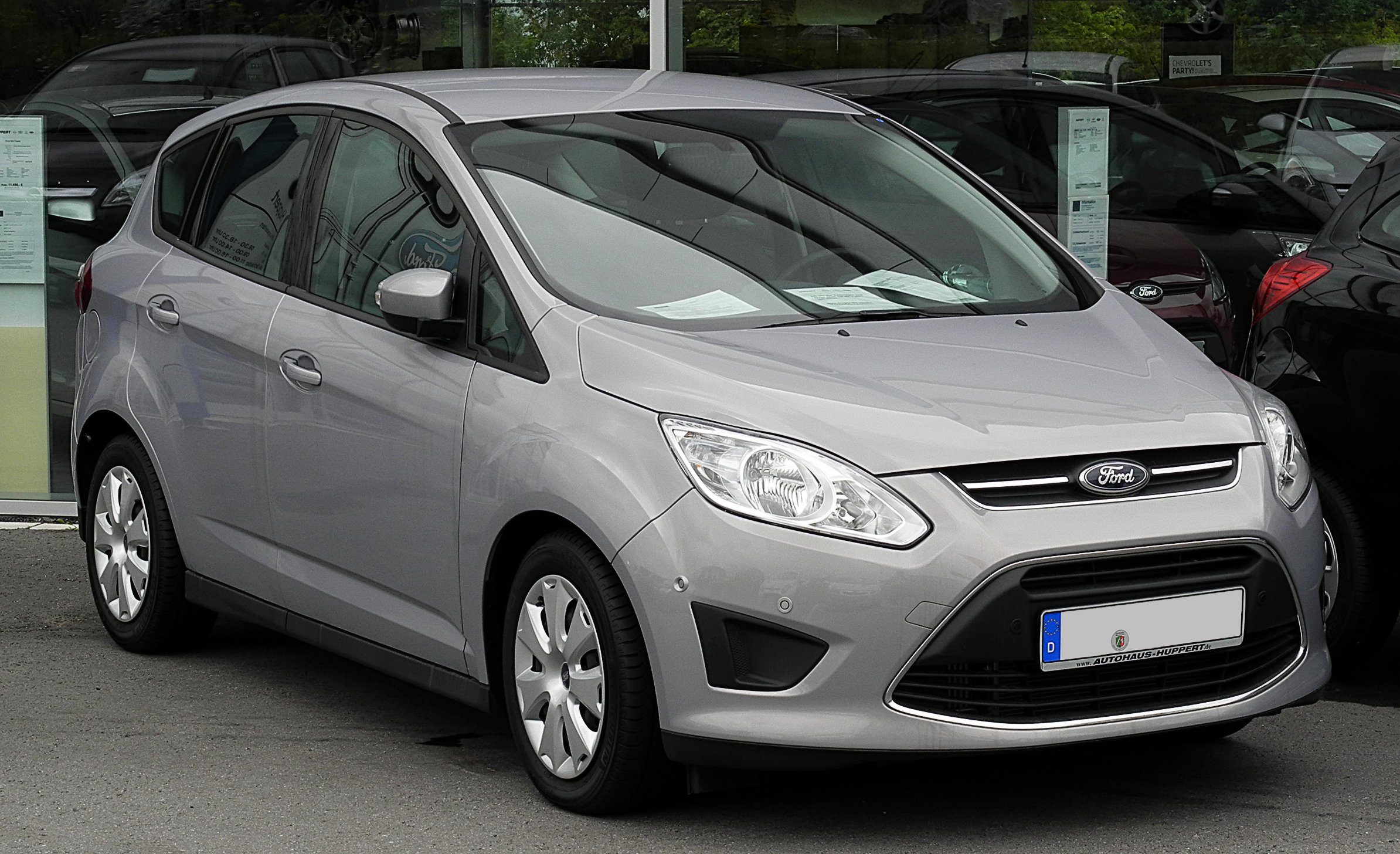 ford c max 1 6 photos and comments. Black Bedroom Furniture Sets. Home Design Ideas