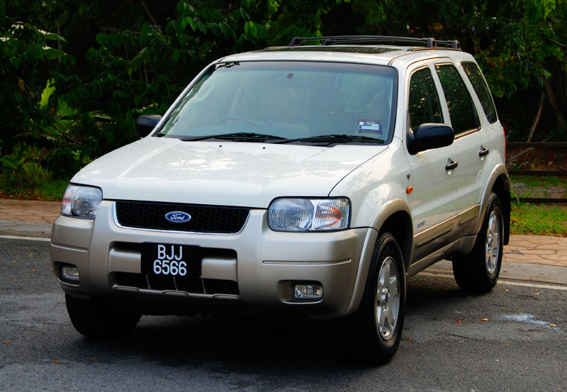 ford escape 3.0 #0