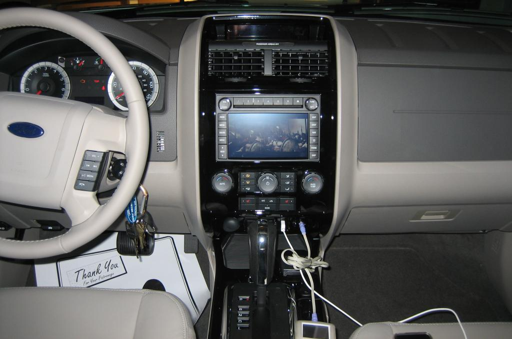 ford escape limited 4x4 photos and comments. Black Bedroom Furniture Sets. Home Design Ideas