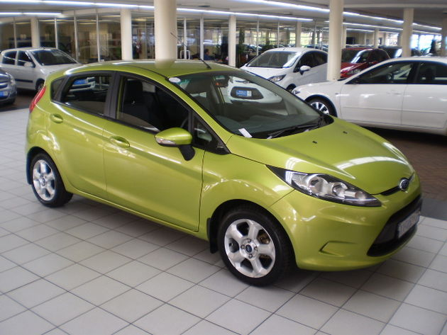ford fiesta 1.4i trend-pic. 2