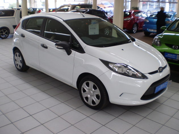 ford fiesta 1.6tdci ambiente-pic. 2