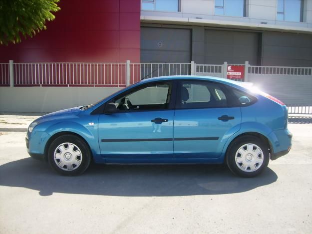 ford focus 1.6 tdci trend-pic. 2