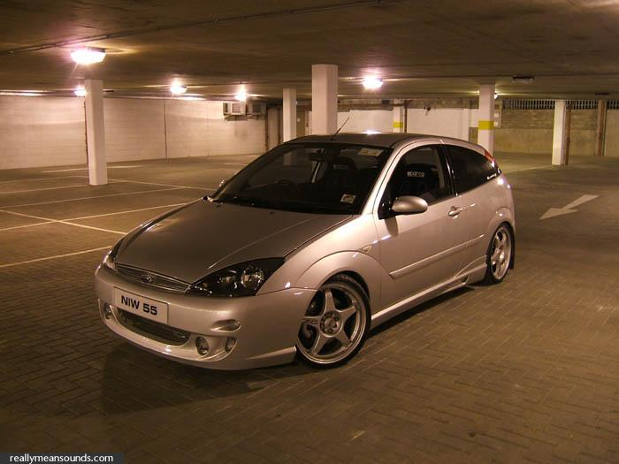 ford focus 1.8-pic. 2