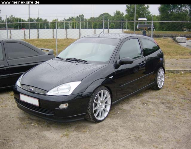 ford focus 1.8 ambiente-pic. 2