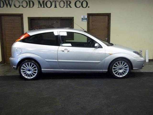 ford focus 2.0 st 170-pic. 2