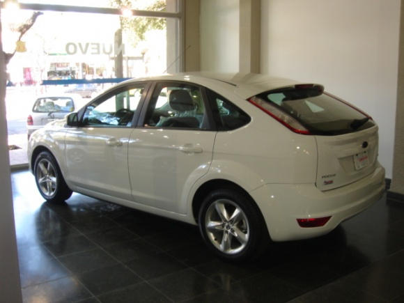 ford focus 2.0 trend-pic. 1