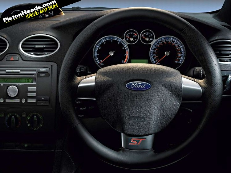 ford focus st-pic. 3