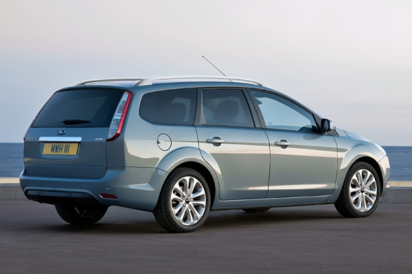 ford focus station wagon-pic. 1